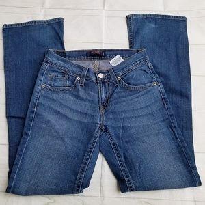 Levi's curvy cut 528 juniors blue jeans size 3